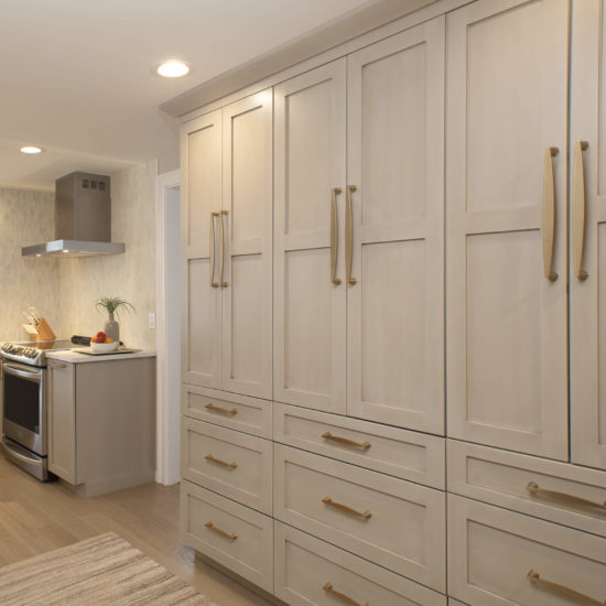 Hamden Kitchen – Wall Cabinets