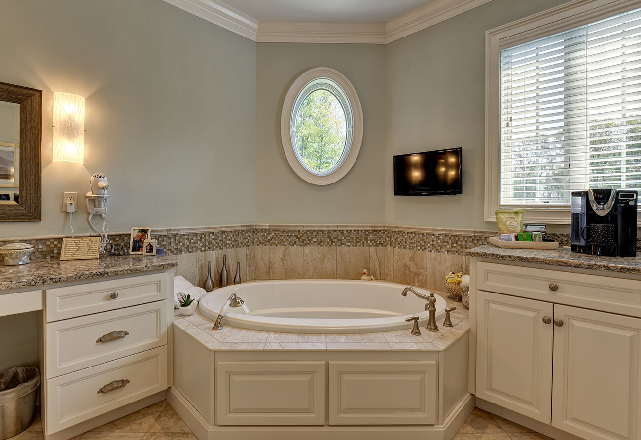 Stratford Crossing Master Bath – 04