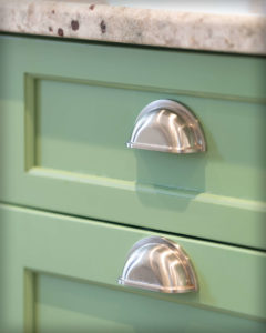 Island cabinets hardware detail