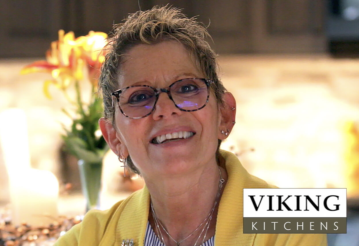 Video testimonial of homeowner Donna Zamlowski described why she loved working with Roberta Melotto at Viking Kitchens.